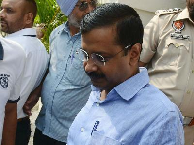delhi-chief-minister-arvind-kejriwal-under-attack-over-chikungunya-death