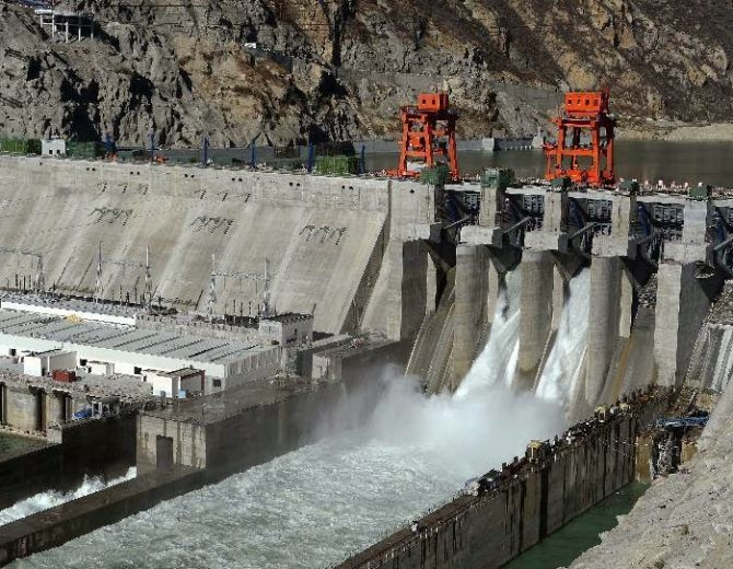 china-provoke-india-blocks-brahmaputra-tributary-in-tibet-to-build-dam