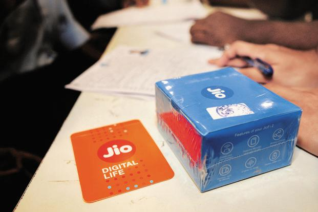 Reliance Jio Free voice and data services to continue till December 31