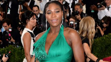 Pregnant Serena Williams poses nude for Vanity Fair cover shoot