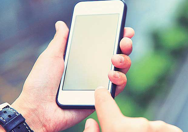 Mobile bills may go down as TRAI cuts call termination charges
