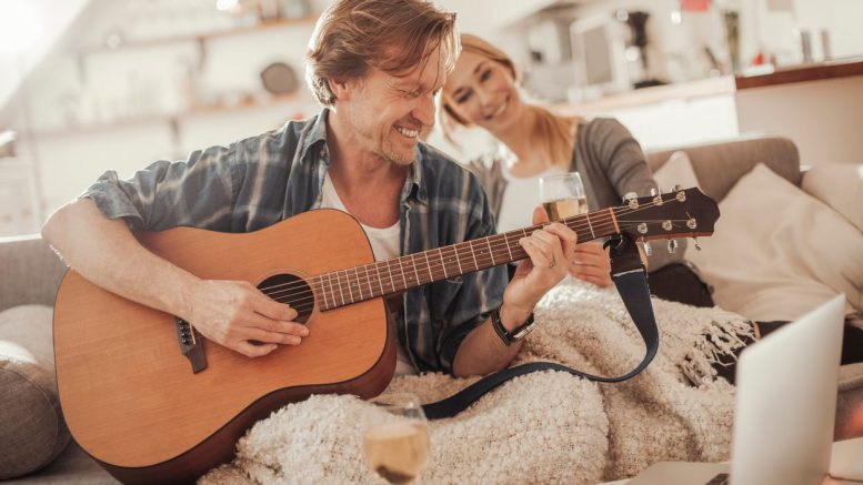 Music could make men appear more attractive to women