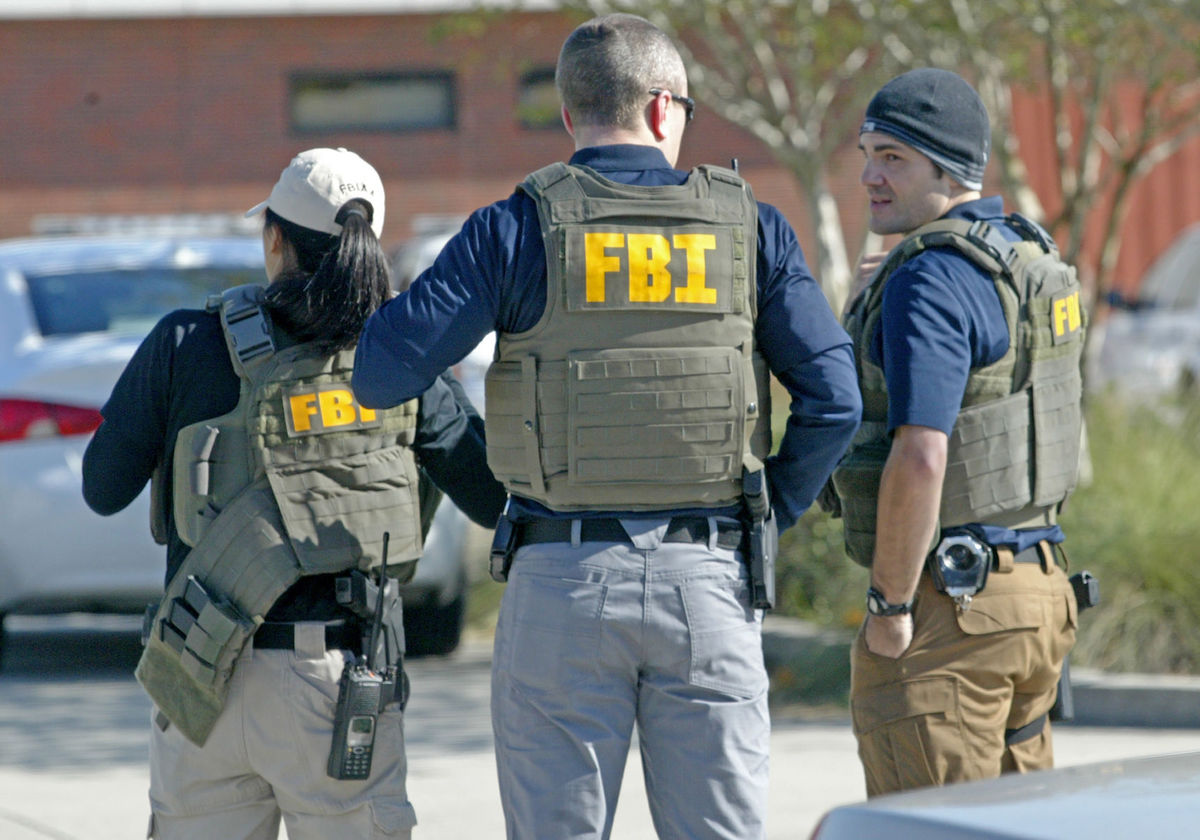 an overview of the lives of fbi agents in the united states Several of the timeline items below are taken from our april overview of the  the russian ambassador to the united states,  fbi agents seize one of.