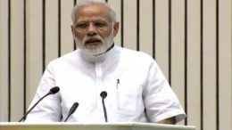 PM: A 1,000 of Gandhis, a lakh of Modis can't clean India without 125 crore people