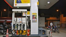 Fuel cheaper in Maharashtra, poll-bound Gujarat, Himachal : Cut in VAT on petrol, diesel