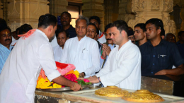 Gujarat elections: Rahul visits Somnath temple; attacks Modi on Rafale deal